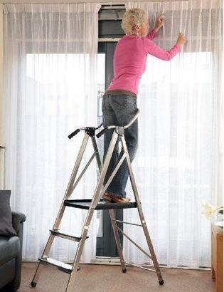 Leiter zum Fensterputzen